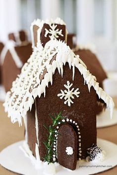 gingerbread house by Marina Delio, link to template and recipes that work well for the project