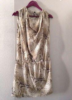 À vendre sur #vintedfrance ! http://www.vinted.fr/mode-femmes/autres-robes/37927747-robe-benetton-imprimee