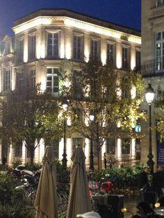 Bordeaux by night :)