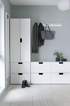 Idea for the hallway - Ikeas Stuva kids collection - Ikea DIY - The best IKEA hacks all in one place Nordli Ikea, Wardrobe Solutions, Farmhouse Side Table, Cute Dorm Rooms, Diy Bathroom Remodel, House Colors, Living Room Decor, Diy Home Decor, New Homes