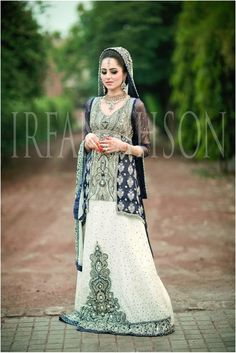 Irfan-Ahson-Pakistani-Wedding-Bridal-Outfit-186
