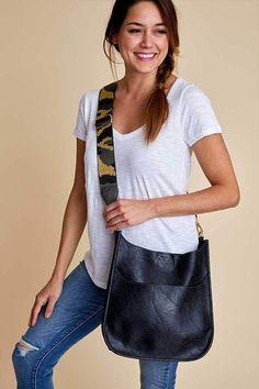 Social Threads Vegan Leather Black Crossbody Bag with Camo Strap Womens Messenger Bag, Womens Tote Bags, Women Bags, Social Threads, Under Armour Sweatshirts, Camo Purse, Black Cross Body Bag, Camo Outfits, Vegan Handbags