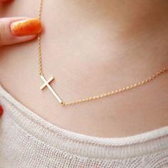 Stylish Simple Design Cross Pendant Necklace For Women