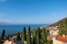 Il quartiere di Sant'Ilario a Genova - Foto Vagabonde San Francisco Skyline, Travel, Viajes, Destinations, Traveling, Trips
