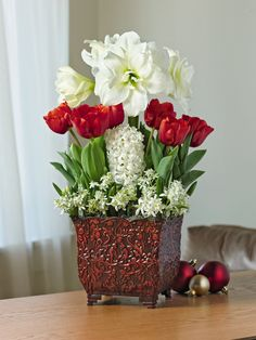 Holiday Bulb Basket | Buy from Gardener's Supply