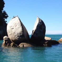 Split apple rock Nelson New Zealand. Take the coffee cruise or walk down to the beach