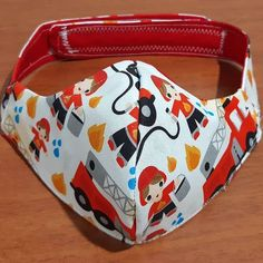 Face Masks For Kids, Easy Face Masks, Homemade Face Masks, Diy Face Mask, Small Sewing Projects, Sewing Hacks, Sewing Tutorials, Mouth Mask Fashion, Sewing Headbands