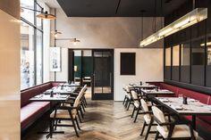 Take A Tour Through Wicker Park S New Robey Hotel Restaurants Open Latepark Hotelhotel Schicago