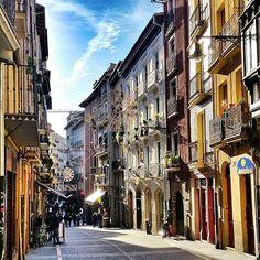 Pamplona, una ciudad que se hace querer... #Navarra (By @sandiwa - #Instagram)