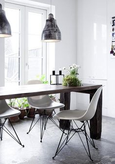 great industrial look mixed back with a modern touch.