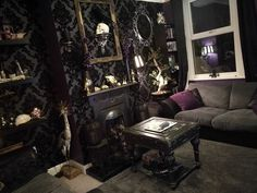 Gothic bedroom, gothic living rooms, goth home decor, interior exterior, go Gothic Interior, Interior Exterior, Interior Design, Goth Home Decor, Home Decor Bedroom, Bedroom Ideas, Gothic Living Rooms, Goth Bedroom, Gothic House