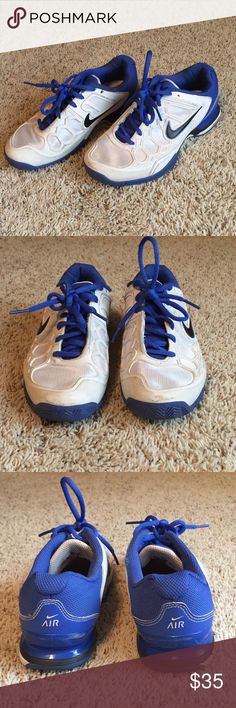 Tennis 🎾 Court Shoes NIKE ZOOM BREATHE 2K11 Nike zoom breathe 2k11 style tennis court shoes, in good used condition! Small signs of wear visible up close but still in great condition! Feel free to make an offer 🎾😊 Nike Shoes Athletic Shoes