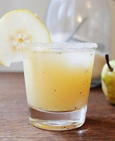 Vanilla Pear Cocktail--On the must-make list for this Thanksgiving.