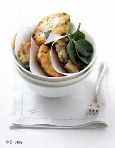 Petites galettes de poisson à la coriandre : recette de cuisine proposée par ELLE à Table - Recettes Elle à Table