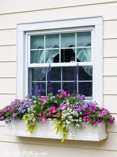 house flower boxes 144044888068151624 - 5 Tips for Gorgeous Window Boxes – The Lilypad Cottage Source by luciewanders Window Box Flowers, Balcony Flower Box, Front Porch Flowers, Window Planter Boxes, Planter Ideas, Plants For Window Boxes, Window Boxes Summer, White Planter Boxes, Hanging Window Boxes