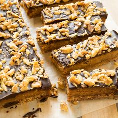 Caramel Coffee Walnut Slice By Nadia Lim Chocolate Creme Brulee, Chocolate Slice, Chocolate Caramels, Chocolate Coffee, Pasta, Cafe Food, No Bake Desserts, Dessert Recipes, Bar Recipes
