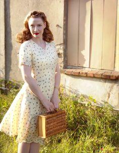 Lilly Jarlsson - Original vintage Japanese silk dress / 1940s retro style
