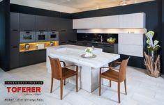 #InnenarchitekturToferer #Küche Table, Furniture, Home Decor, Inspiration, Classic Furniture, Classic White, Homemade Home Decor, Biblical Inspiration, Tables
