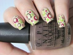 retro circles nail art