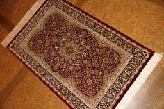 高級玄関マット、絹ペルシャ絨毯赤い色クム産地56060