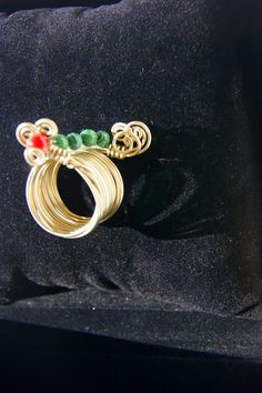 swirling illusion wire ring by RenatasArt on Etsy, €13.00