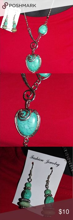 🆕 another turqouise set Made lightweight resin, 13.5 silver box chain turquoise necklace with matching dangling 2in  earrings, never worn, nwot Jewelry