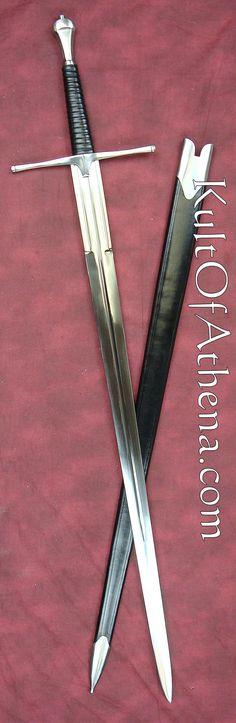 De krijgers van de 6de orde gebruiken zelfgemaakte zwaarden -