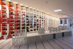 Camper's House of Shoes / Shigeru Ban Architects + Dean Maltz Architect