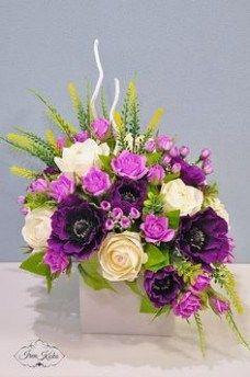 Basket Flower Arrangements, Creative Flower Arrangements, Beautiful Flower Arrangements, Floral Arrangements For Funeral, Flower Box Gift, Flower Boxes, Amazing Flowers, Beautiful Flowers, Cemetery Flowers