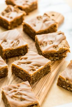 Peanut Butter Oat Blondies with Peanut Butter Drizzle | Vegan and Gluten-Free
