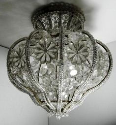 Love, love, love this lamp shade Antique Chandelier, Antique Lamps, Antique Lighting, Chandelier Lighting, Crystal Chandeliers, Baccarat Chandelier, Bubble Chandelier, Chandelier Ideas, Art Deco Lighting