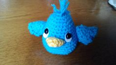 Check out this item in my Etsy shop https://www.etsy.com/listing/237845416/cute-little-crocheted-birdie
