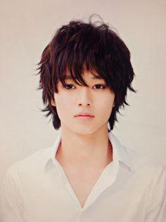 #Yamazakikento #L Kento Yamazaki Death Note, Asian Men, Asian Guys, L Lawliet, Bae, Japanese Snacks, I Hate My Life, Japanese Men, Handsome Actors