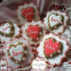 Cooking Shows On Netflix Key: 3084702142 Fancy Cookies, Heart Cookies, Iced Cookies, Royal Icing Cookies, Sugar Cookies Recipe, Custom Cookies, Cupcake Cookies, Cupcakes, Valentine Desserts