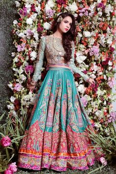 South Asian Bridal and Formal Look Book. Indian Wedding Outfits, Pakistani Outfits, Indian Outfits, Indian Weddings, Pakistani Bridal, Indian Bridal, Bridal Mehndi, India Fashion, Asian Fashion