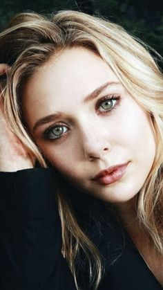 Elizabeth Chase Olsen, Elizabeth Olsen Scarlet Witch, Olsen Sister, Olsen Twins, Hollywood Actresses, Actors & Actresses, Mary Kate Ashley, Actrices Hollywood, Gal Gadot