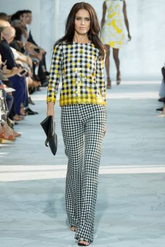 I want to put this on, go somewhere sunny and eat one of those huge, hours-long meals on someone's back porch next to the ocean -- like what always happens in movies -- and forever be using the wrong fork and drinking the wrong color wine. Diane von Furstenberg 2015 RTW. #nyfw #DianevonFurstenberg #spring2015