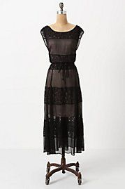 This dress makes me want to sit happily in an Edwardian drawing room.