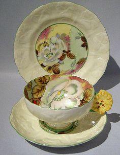 Rare-Paragon-FLOWER-HANDLE-Cup-Saucer-Plate-TRIO-Set-Handpainted-Floral