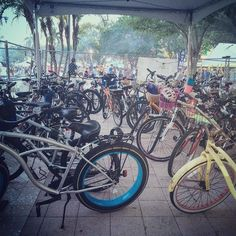 #sunfest2016 #sunfestfl proved it that #wpblovesbikes look at all the #cyclists who came out to #downtownwpb #westpalmbeach #wpbwaterfront #bikesareawesome #rideabike #bikesofinstagram #bikelife #instacool #bikelove #bici #velo #urbanliving no parking problems with a #bicycle #bikepalmbeach #pbmpo #palmbeach #ilovewpb #sustainability #completestreets by wpblovesbikes   @blckrc