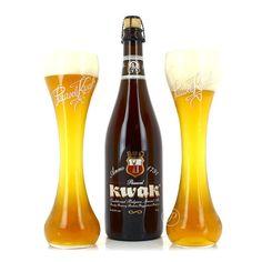 Coffret de bière Kwak 1 X 75cl + 2 verres Alcoholic Drinks, Beverages, Belgian Beer, Keep Calm And Drink, Beer Bar, Wine And Beer, Whisky, Beer Bottle, Brewing