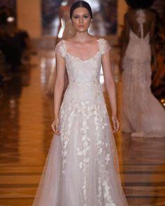 Vestido de noiva | Coleção 2017 Martu - Portal iCasei Casamentos