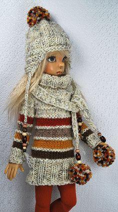 fall4 | Flickr - Photo Sharing! Barbie Knitting Patterns, Knitting Dolls Clothes, Crochet Doll Clothes, Knitted Dolls, Crochet Dolls, Barbie Clothes, Diy Clothes, Fashion Dolls, Kids Fashion