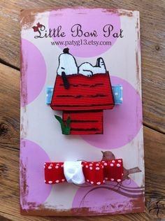 Snoopy and Red Dog House. Ribbon Sculpture Set by Ribbon Art, Ribbon Crafts, Ribbon Bows, Hair Accessories Holder, Girls Hair Accessories, Homade Christmas Ornaments, Hair Barrettes, Hair Clips, Hairbows