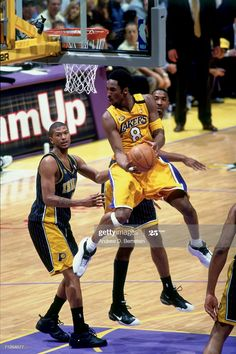 2000 Nba Finals, Kobe Bryant Pictures, Kobe Bryant Black Mamba, Basketball Photography, Indiana Pacers, Los Angeles Lakers, Role Models, Athlete, News