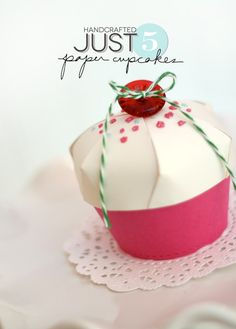 DIY:: Paper Cupcake Gift- Favor Box