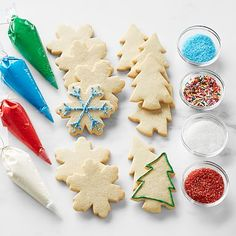 Holiday Cookie DIY Kit Care Package Sugar Cookie Recipe Easy, Easy Sugar Cookies, Sugar Cookie Dough, Christmas Cookies Packaging, Cookie Packaging, Holiday Cookies, Snowflake Cookies, Tree Cookies, Daisy