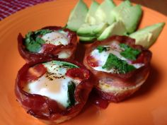Atkins Diet Phase One Breakfast Recipe - Eggs and Bacon Muffin Tin = Egg McMuftin