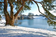 Blenheim Palace in the snow. All seasons, even winter, have their beauties in Oxfordshire. Stay awhile to discover them for yourself. www.visitoxfordandoxfordshire.com Image reproduced courtesy of Blenheim Palace.