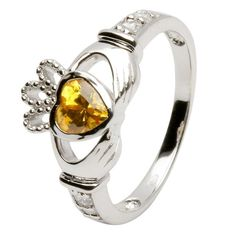 a great give away for a beautiful ring...from a great irish jewelry company...